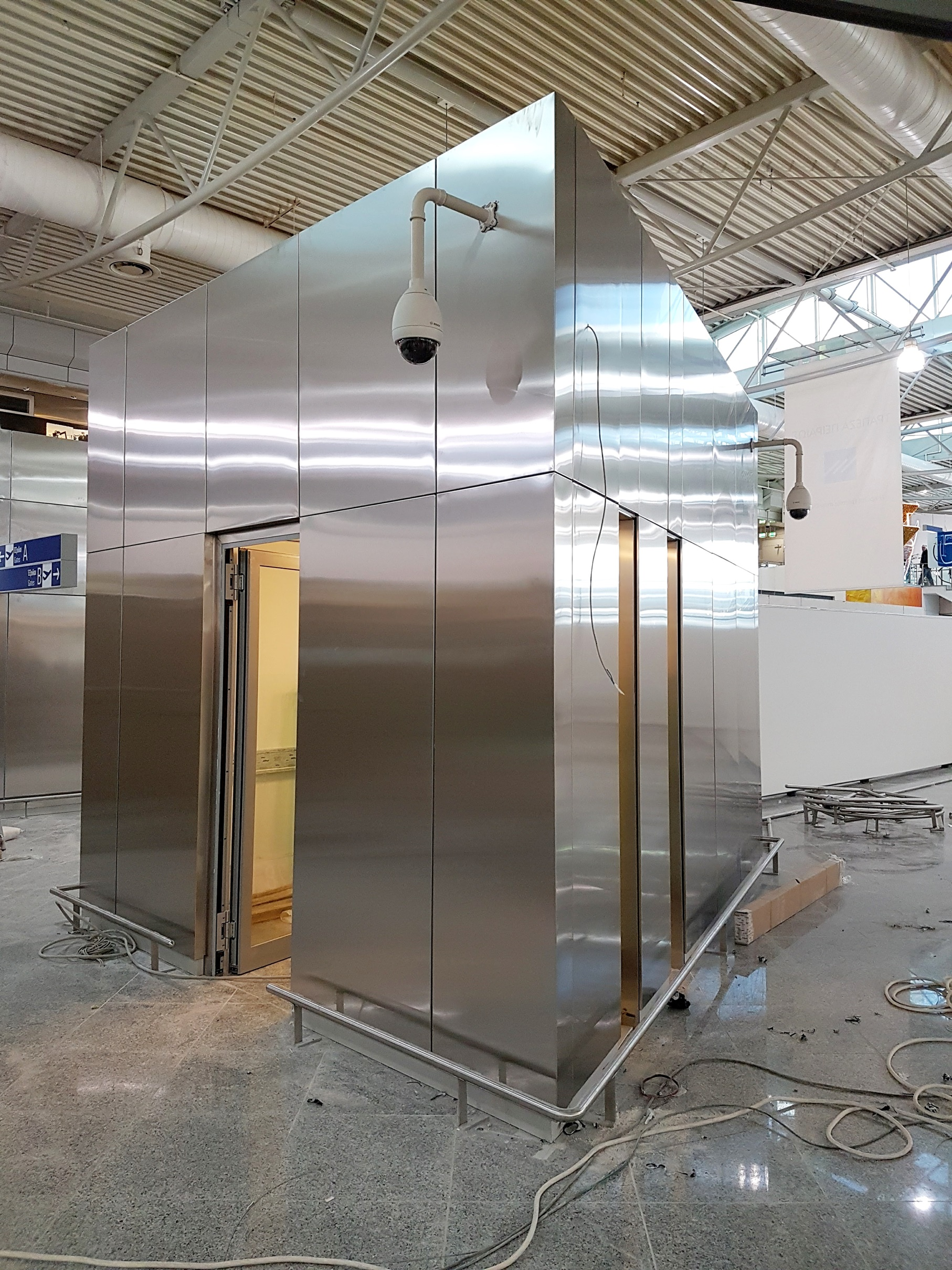 stavrianos_stainless_steel_wall_cladding_panels_athens_airport